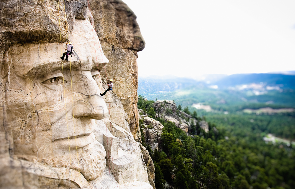 Mt Rushmore and men. © Kevin Steele / kevsteele.com